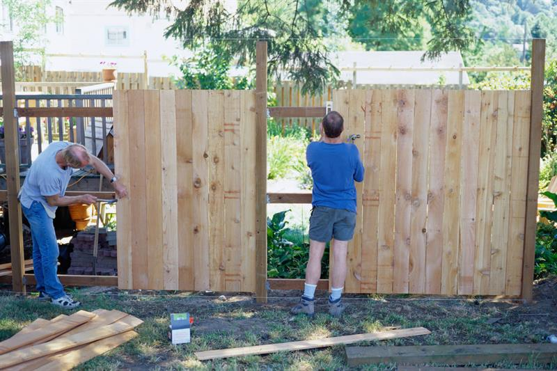 How To Install A Wooden Fence Ck Vango