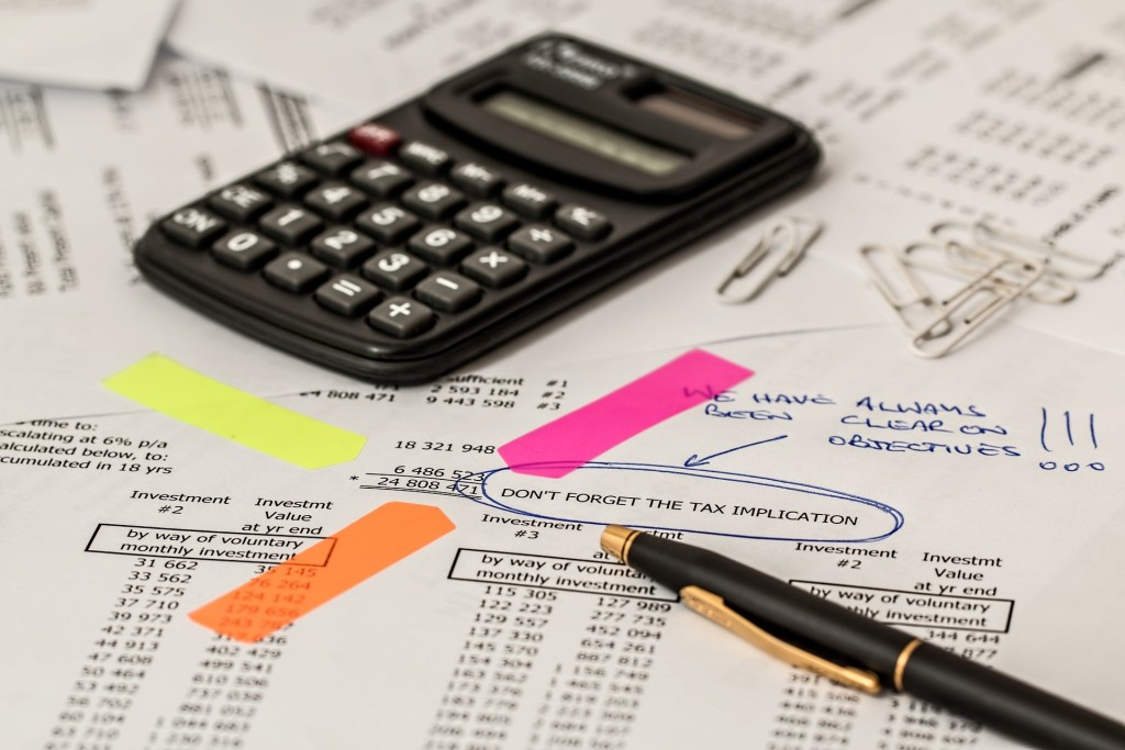 home remodeling finances spreadsheet and calculator